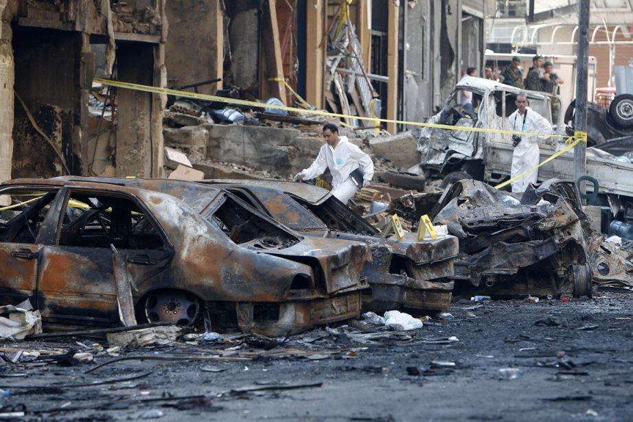 L'attentat à la voiture piégéei a fait jeudi... (PHOTO AFP)