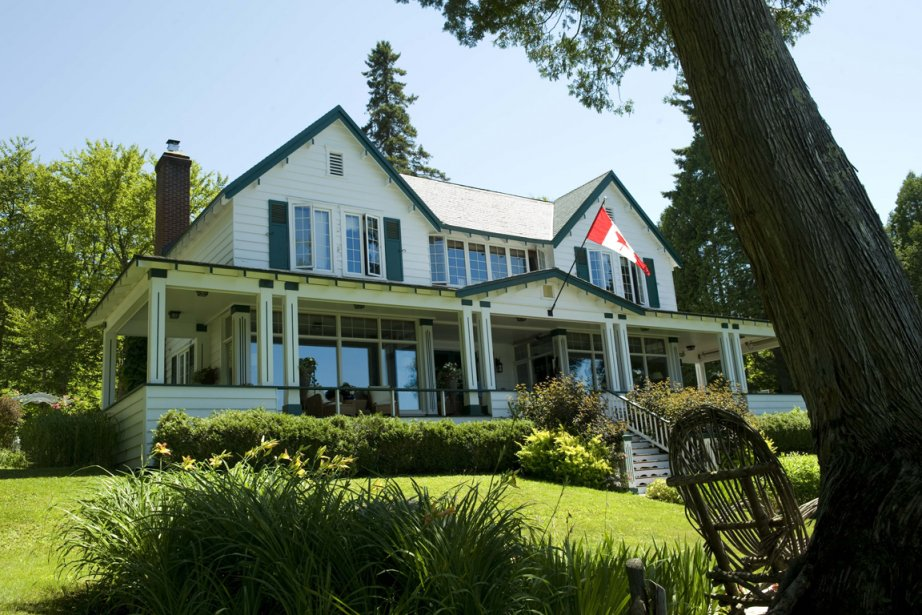 La maison à volets verts à été amoureusement... (Photo Steve Deschênes, Le Soleil)