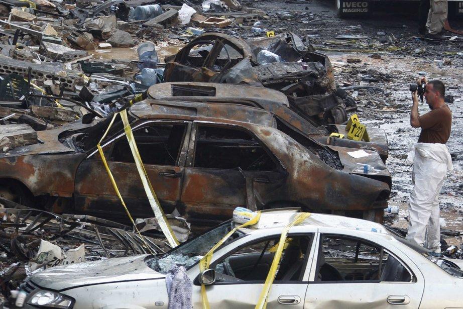 Un attentat à la voiture piégée a fait... (PHOTO SHARIF KARIM, REUTERS)