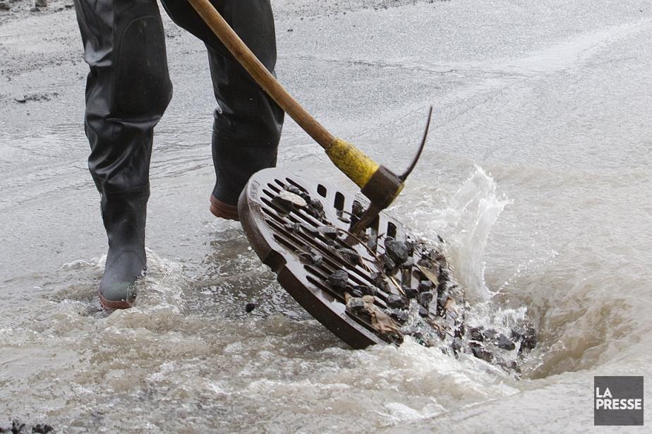 Le nombre de bris d'aqueduc a légèrement diminué,... (Photo archives La Presse)