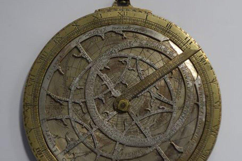 Un astrolabe permet de représenter en deux dimensions... (PHOTO BLOOMBERG)