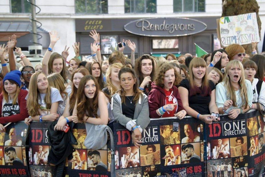 Les fans du groupe One Direction à la... (Photo: AP)