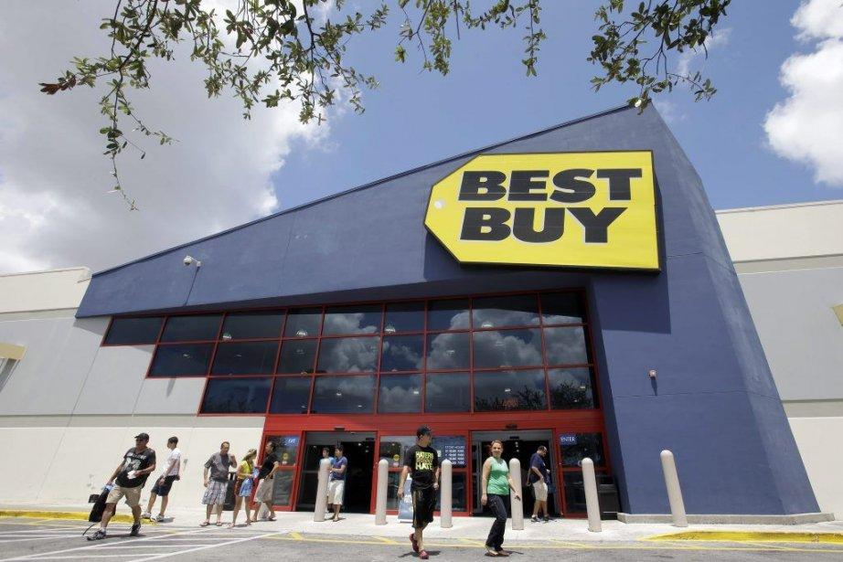 Best Buy a fermé ses magasins les moins... (Photo Alan Diaz, AP)