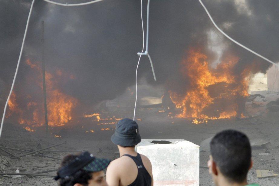 Dans le sud de Bagdad, six voitures piégées... (PHOTO REUTERS)
