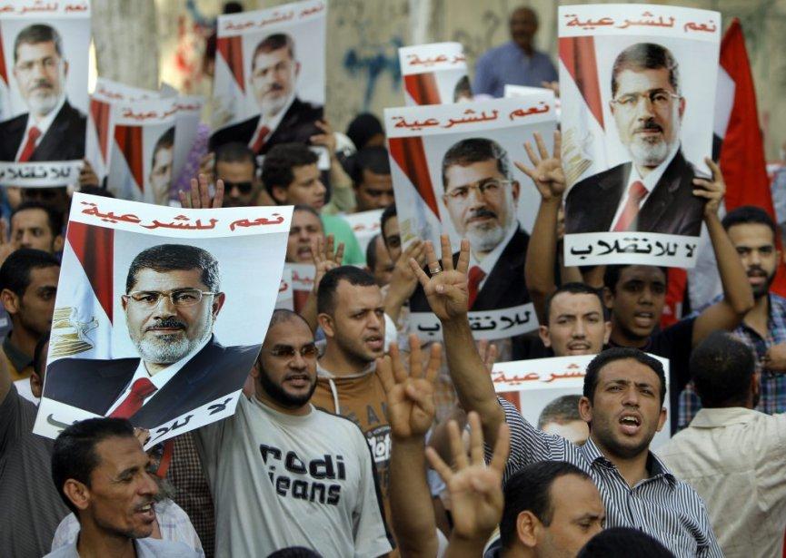 « Les Frères musulmans sont devenus fous avec... (Photo Amr Nabil, associated press)