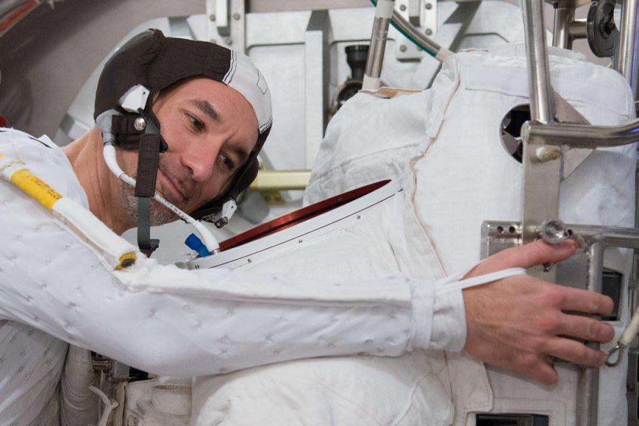 Luca Parmitano... (PHOTO LAUREN HARNETT, AP, NASA)