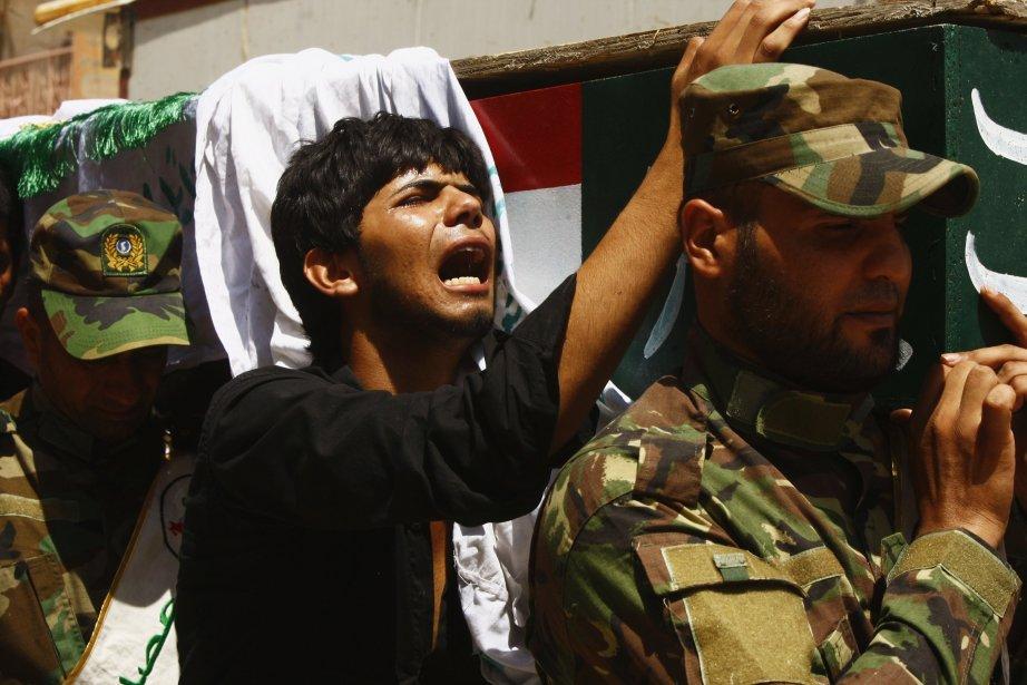 Ces violences, les pires qu'ait connus le pays... (Photo Reuters)