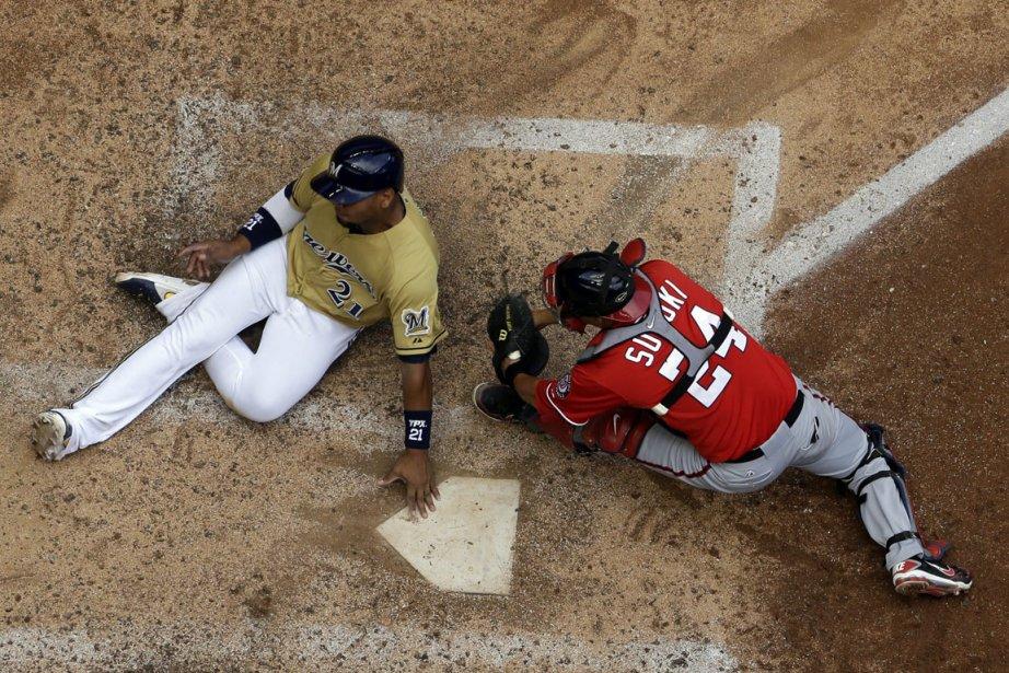 Cette saison,Kurt Suzuki a maintenu une moyenne de... (Photo Morry Gash, archives AP)