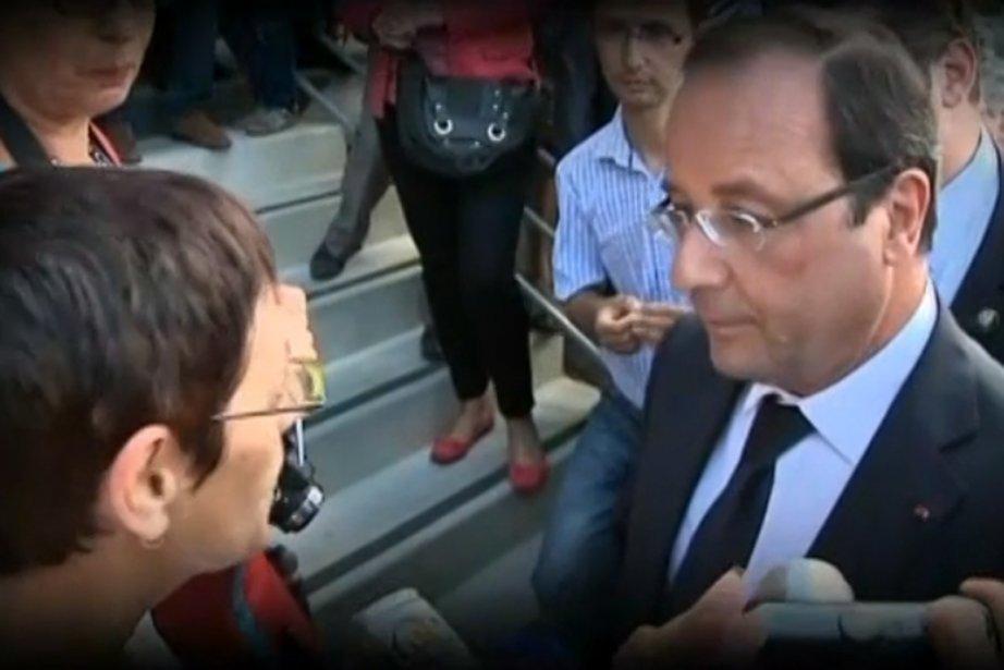 En s'adressant au président français François Hollande devant... (:Photo tirée d'une vidéo de francetvinfo)