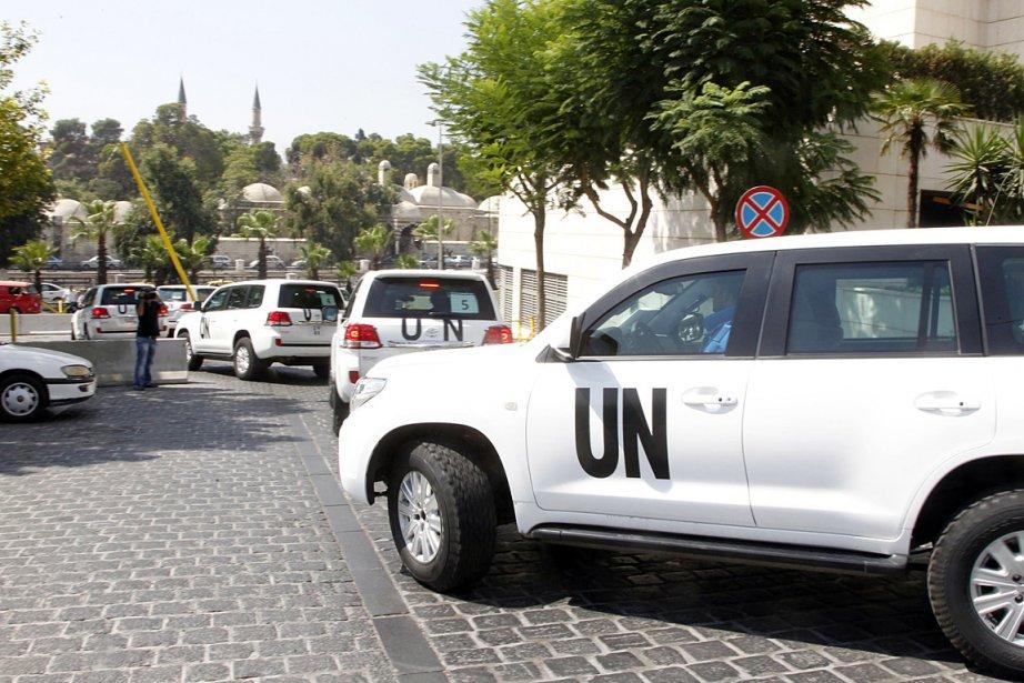 Les inspecteurs de l'ONU sont partis à bord... (PHOTO KHALED AL-HARIRI, REUTERS)
