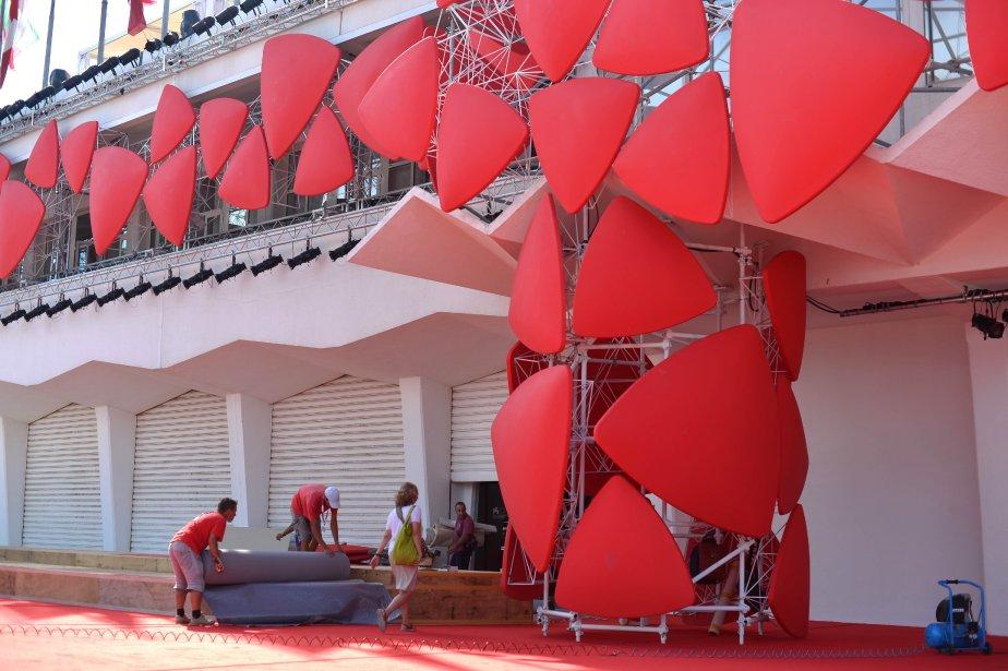 Les préparatifs allaient bon train en vue de l'ouverture. | 28 août 2013