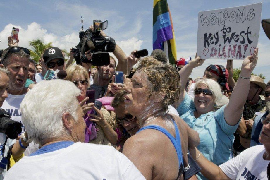 Diana Nyad a réussi cet exploit à sa... (PHOTO ANDY NEWMAN, AP)
