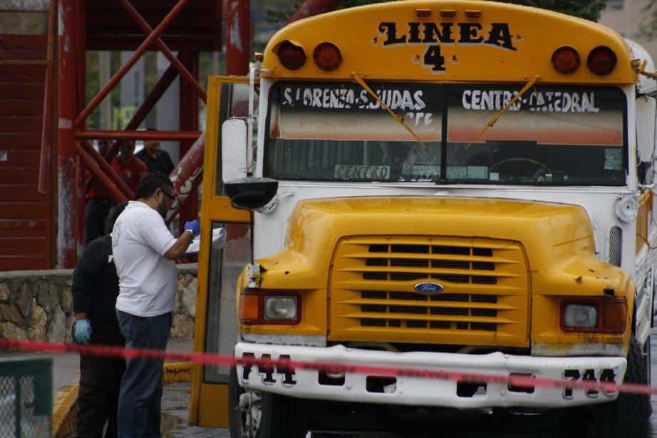 Les conducteurs d'autocar ont souvent été visés par... (Photo Raymundo Ruiz, AP)