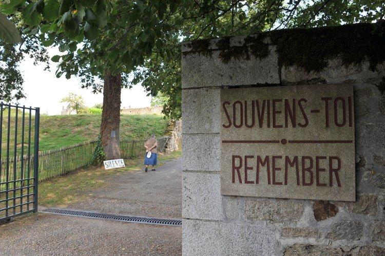 Le massacre d'Oradour-sur-Glane conserve une forte connotation symbolique... (Photo: AFP)
