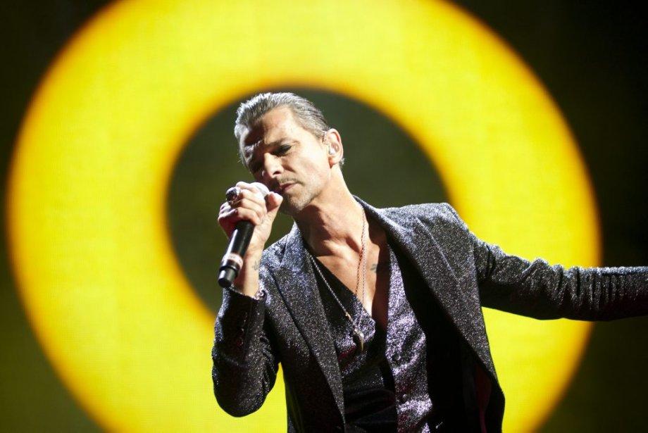 Le chanteur Dave Gahan est un showman de première classe.... | 2013-09-04 00:00:00.000