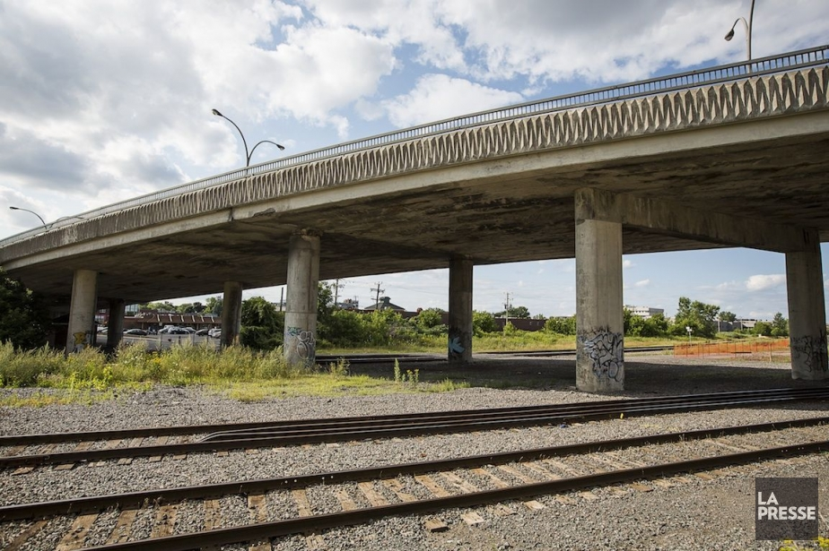 La Ville prévoit des travaux majeurs sur le... (PHOTO OLIVIER PONTBRIAND, Archives LA PRESSE)