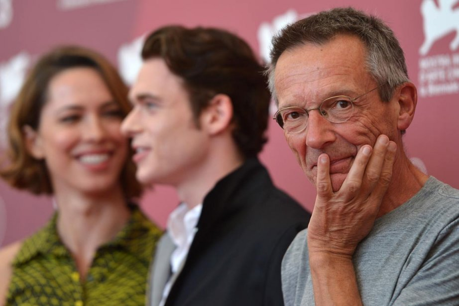 Patrice Leconte sur le tapis rouge de la... (PHOTO GABRIEL BOUYS, AFP)
