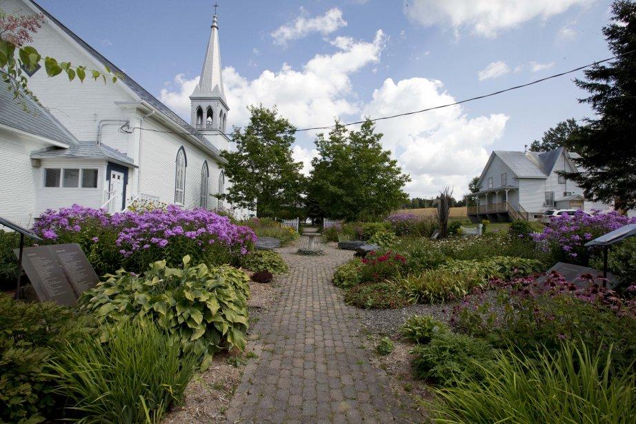 L'église-musée, l'une des plus anciennes entièrement construite en bois du Québec et restaurée au début des années 2000, est l'un des arrêts que peuvent faire les visiteurs dans le cadre du circuit. | 5 septembre 2013