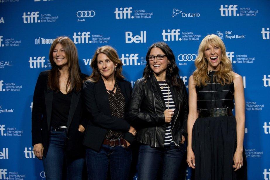 De gauche à droite, l'actrice Catherine Keener, la réalisatrice Nicole Holofcener et les actrices Julia Louis-Dreyfus et Toni Collette posent pour le film «Enough Said». | 8 septembre 2013