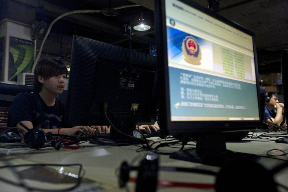 Les utilisateurs des réseaux sociaux chinois devront faire... (PHOTO NG HAN GUAN, ARCHIVES AP)