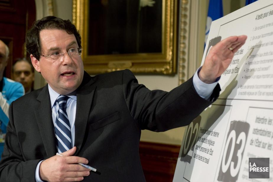 Le ministre des Institutions démocratiques, Bernard Drainville, a... (Photo La Presse Canadienne)