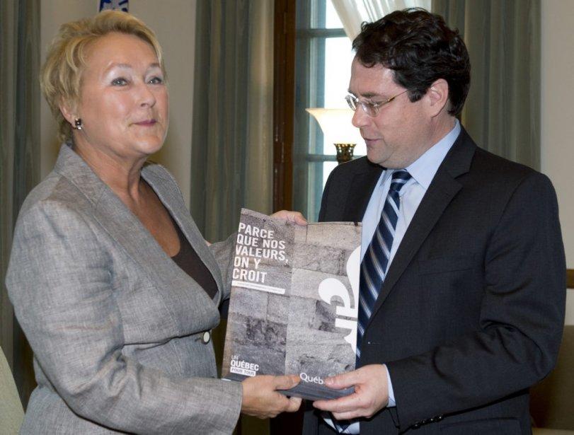 La première ministre Pauline Marois et le ministre... (Photo Jacques Boissinot, La Presse Canadienne)