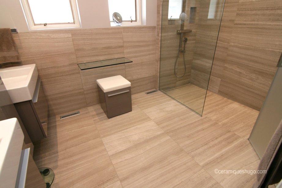 salle de montre douche ceramique. Black Bedroom Furniture Sets. Home Design Ideas