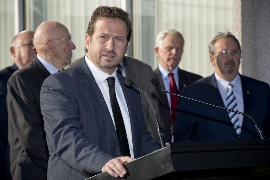 Le ministre du Développement durable et de l'Environnement, Yves-François Blanchet,... | 2013-09-17 00:00:00.000
