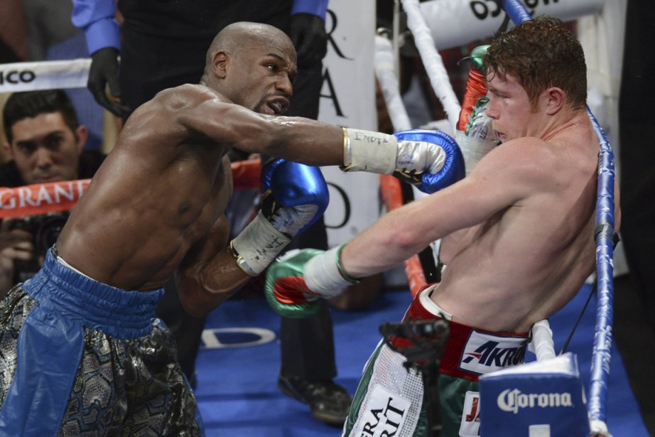 Floyd Mayweather et Canelo Alvarez... (Photo Mark Hundley, Reuters)
