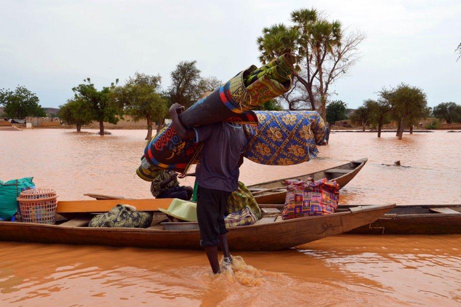«Le bilan des inondations ne fait que s'alourdir:... (PHOTO BOUREIMA HAMA, AFP)