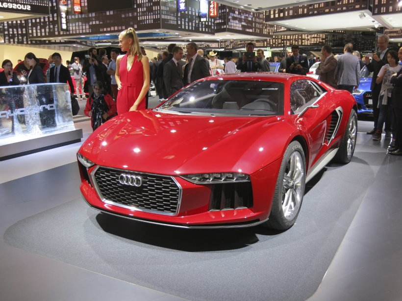 Audi avait plus d'un modèle à nous montrer à Francfort dont le nanuk quattro à traction intégrale (vu ici), un cabriolet A3 (qui devrait être offert en Amérique) et un prototype de quattro qui pourrait annoncer le prochain coupé S5. (Photo Éric Descarries, collaboration spéciale)
