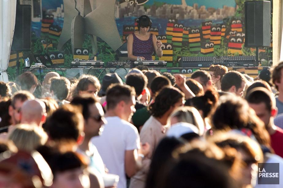 Avec ses 50 000 visiteurs chaque dimanche, le... (PHOTO HUGO-SÉBASTIEN AUBERT, ARCHIVES LA PRESSE)