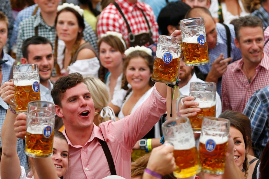La 180e Fête de la Bière de Munich, gigantesque manifestation... (Photo AFP)