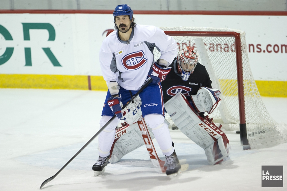 Le nouveau venu George Parros aidera le Canadien... (Photo Robert Skinner, archives La Presse)