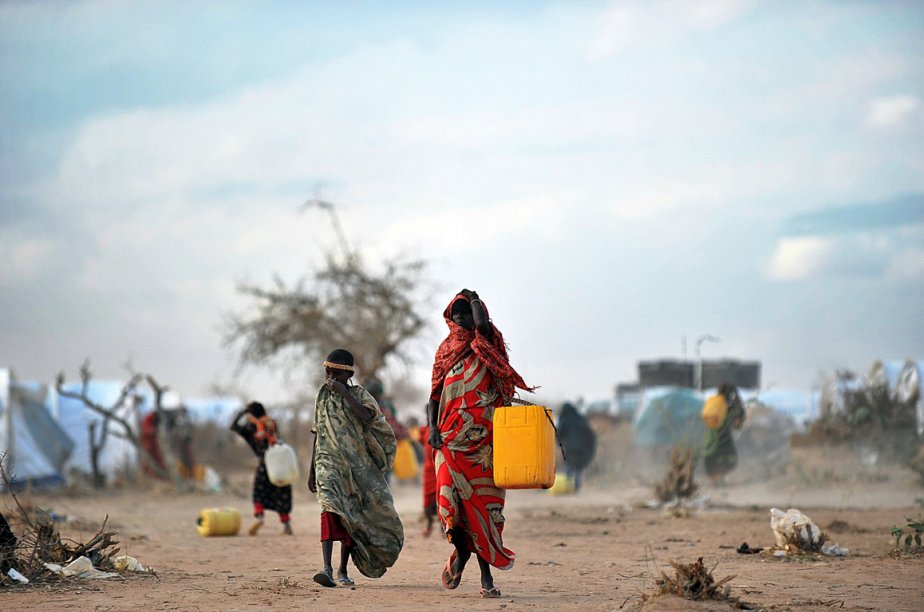 Des réfugiés somaliens au camp de Dadaab au... (PHOTO TONY KARUMBA, ARCHIVES AFP)