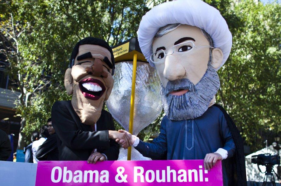 Manifestation du groupe Avaaz où des participants se... (Photo archives Reuters)