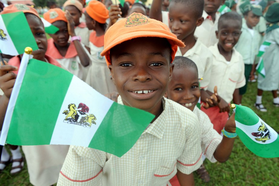 Des enfants à Lagos. Le Nigeria pourrait ravir... (PHOTO PIUS UTOMI EKPEI, AFP)