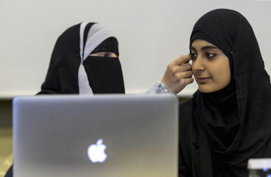 Appliquer une loi sur la laïcité maintenant au... (Photo FABRICE COFFRINI, Agence France-Presse)