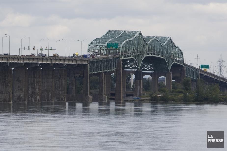 Vue du pont Champlain au-dessus de l'ïle-des-Soeurs.... (PHOTO IVANOH DEMERS, ARCHIVES LA PRESSE)