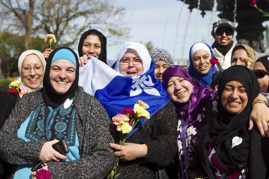 Les femmes musulmanes portant le voile font partie du Québec comme n'importe quel autre autres minorités visibles. ©Caroline Grégoire/Photothèque Le Soleil