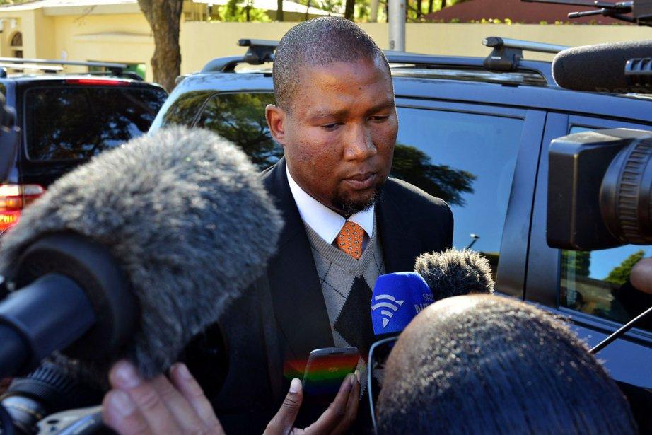 Mandla Mandela, député ANC et chef coutumier de... (PHOTO MUJAHID SAFODIEN, ARCHIVES AFP)