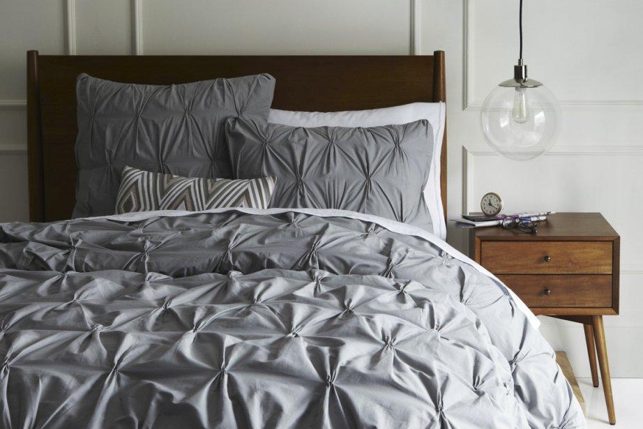 la d co autour du lit claudia guerra am nagement. Black Bedroom Furniture Sets. Home Design Ideas