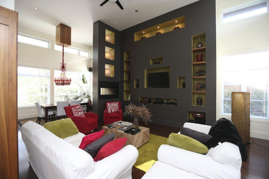 candiac une maison taill e sur mesure pierre desch nes. Black Bedroom Furniture Sets. Home Design Ideas