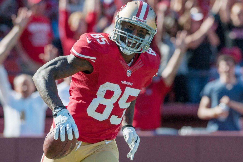 Vernon Davis... (Photo Ed Szczepanski, archives USA TODAY)