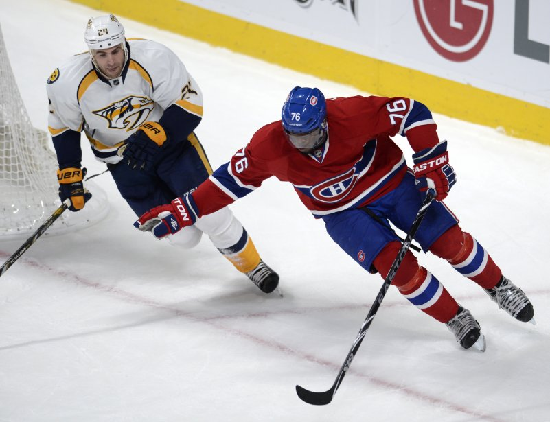 P.K. Subban du Canadien protège la rondelle face à Eric Nystrom. (Photo Bernard Brault, La Presse)