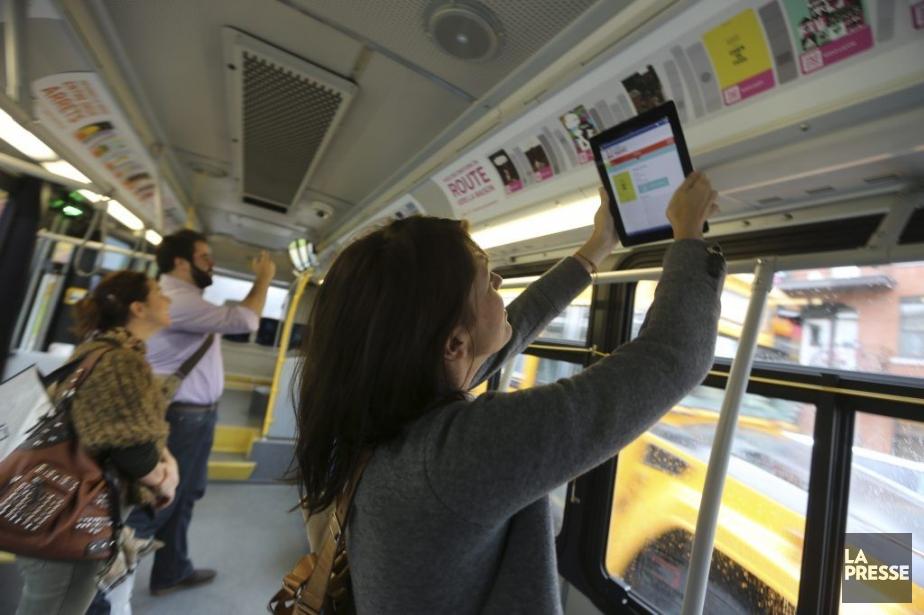 Il suffira de scanner le code QR dans... (Photo: Martin Chamberland, La Presse)