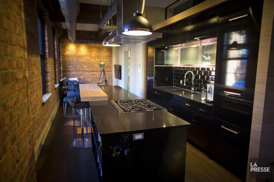 b loft vivre dans un vrai loft. Black Bedroom Furniture Sets. Home Design Ideas