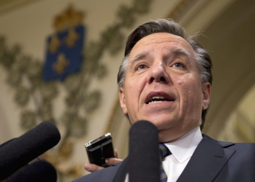 M. Legault espère «humblement» que ce caucus attirera de... (Photo PC)