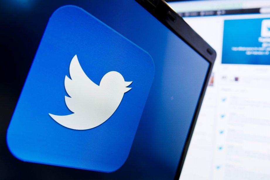 Twitter propose d'utiliser toutes ses fonctionnalités pour raconter... (PHOTO LEON NEAL, ARCHIVES AFP)