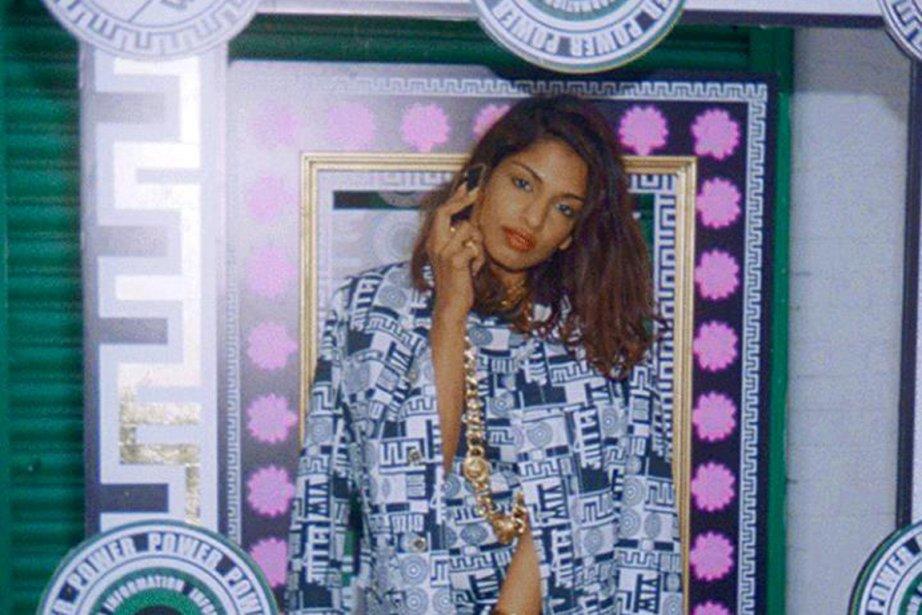 La chanteuse M.I.A. prend la pose pour la... (Photo fournie par Jaime Martinez pour Versace)